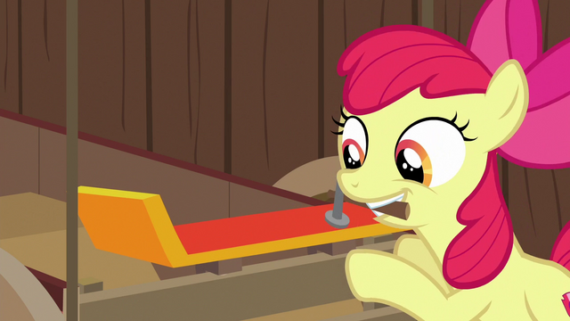 File:Apple Bloom hammers spoiler onto the cart S6E14.png
