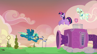Sky Stinger flying against a gust of wind S6E24