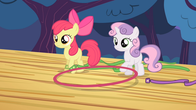 File:Apple Bloom and Sweetie Belle lifts the hoop S4E05.png
