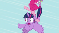 Twilight about to crash-land S5E12