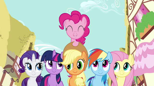 File:Pinkie Pie friends 2 S2E18.png