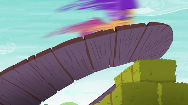 File:Scootaloo scoots to the left S6E4.png