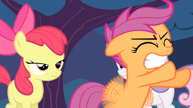 File:Scootaloo trying to fly again S4E05.png