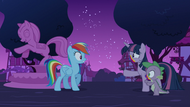 File:Zombie Twilight and Spike approach Rainbow S6E15.png