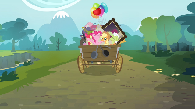 File:Pinkie Pie and the Apples singing S4E09.png