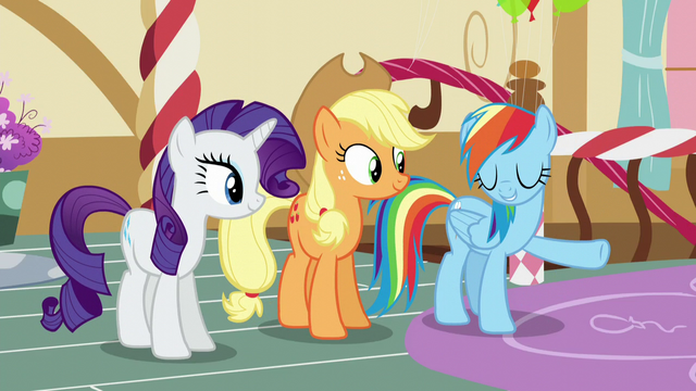 "File:Rainbow ""Piece o' cake"" S5E11.png"