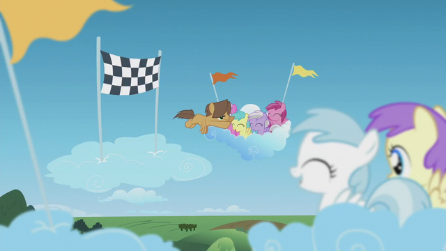File:Hoops crosses the finish line S5E25.png