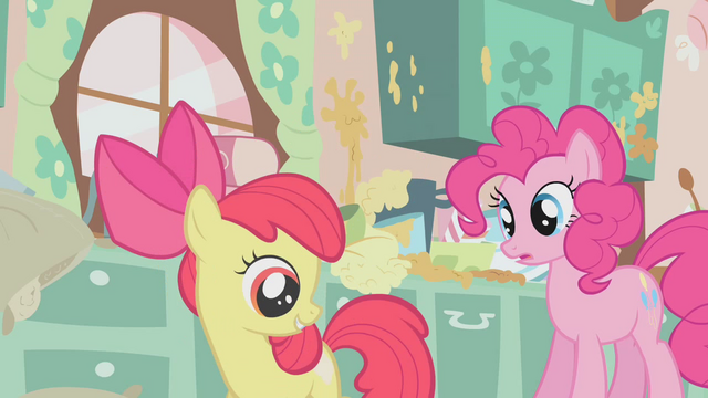 File:Apple Bloom spinning2 S01E12.png
