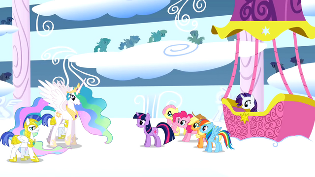 File:Princess Celestia congratulates Rainbow Dash S01E16.png