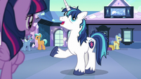 "Shining Armor fatigued ""of course I am!"" S6E1"