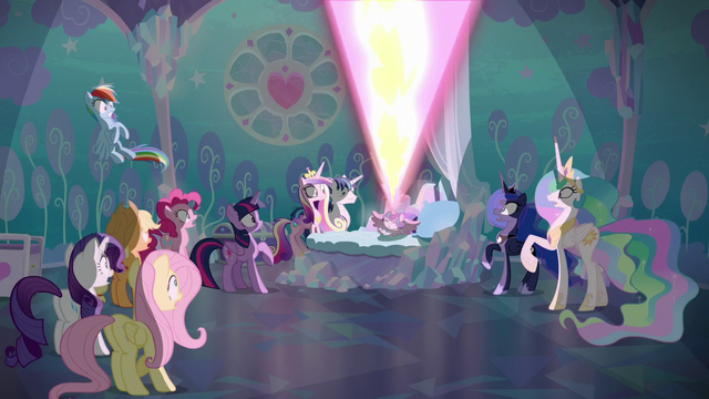 File:Flurry Heart releases a tremendous blast of magic S6E1.png