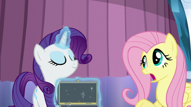 "File:Fluttershy ""they all sort of look the same"" S6E1.png"