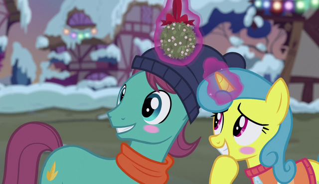 File:Lemon Hearts and Earth pony blushing S6E8.png
