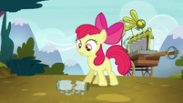 Apple Bloom finds empty twittermite canister S5E4