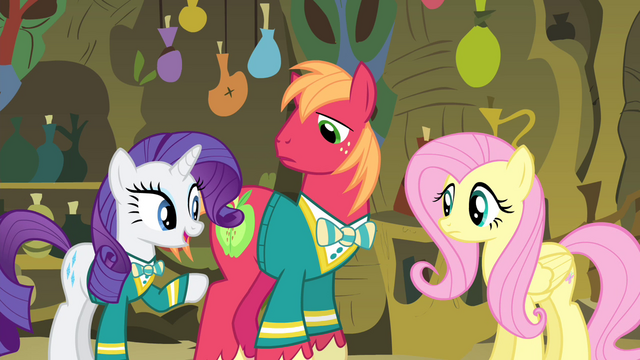 File:Rarity pointing at Fluttershy S4E14.png
