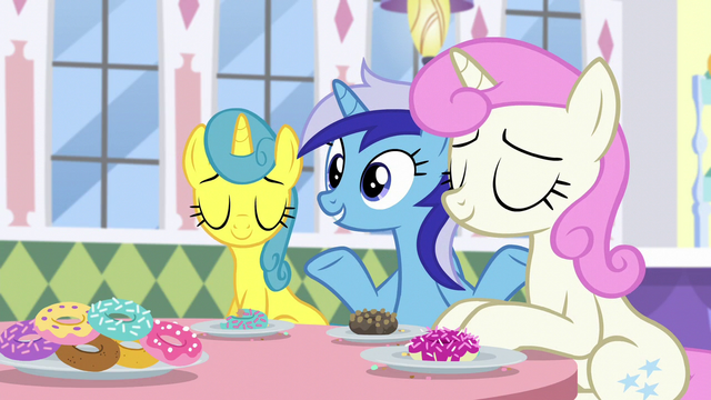 "File:Minuette ""She lives in Ponyville, too"" S5E12.png"