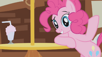Pinkie Pie talks to herself S1E05