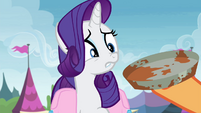 Rarity repulsed by pie tin S4E22