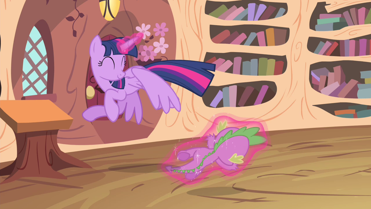 image twilight flying while levitating spike s4e11png