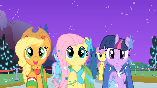 "File:Applejack, Fluttershy, and Twilight ""sell some apples"" S01E26.png"
