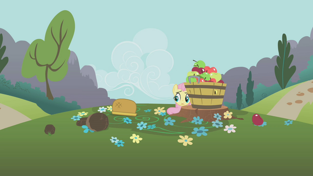 File:Fluttershy is scared S1E10.png