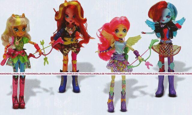File:Friendship Games Sporty Style Wondercolts dolls.jpg