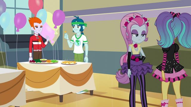 File:Canterlot High students bored EG3.png