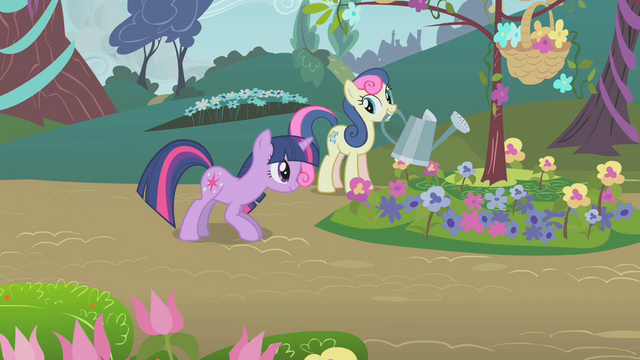 File:Sweetie Drops watering flowers S1E10.png