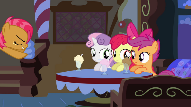 File:CMC at the table while Babs Seed dashes toward them S3E4.png
