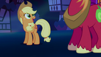 Applejack sees Big McIntosh S5E13