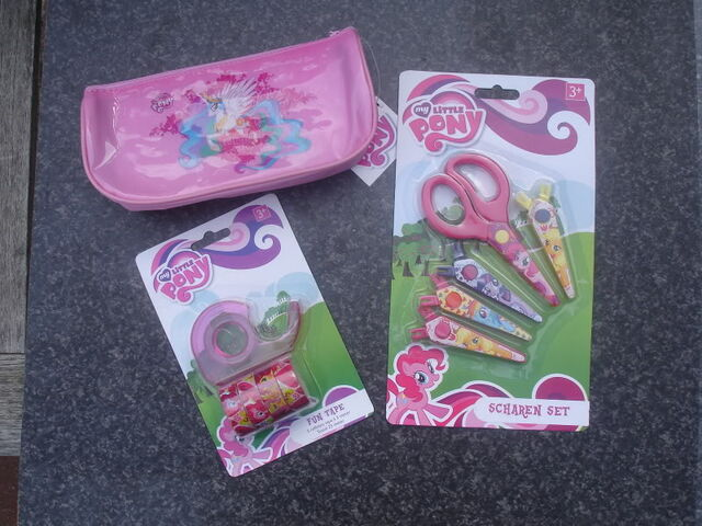 File:School supplies (pencil case, tape, and scissors).jpg