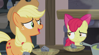 "Applejack ""right, everypony?"" S5E20"