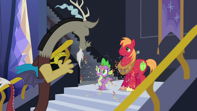 File:Discord ready for guys' night with Spike and Big Mac S6E17.png