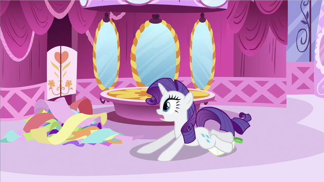 File:Rarity had a fall S2E23.png