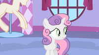Sweetie Belle wants to help S1E17