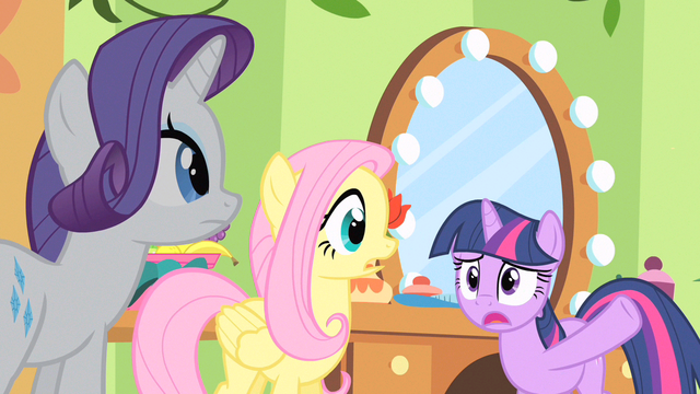 File:Twilight almost spilling the beans S1E20.png