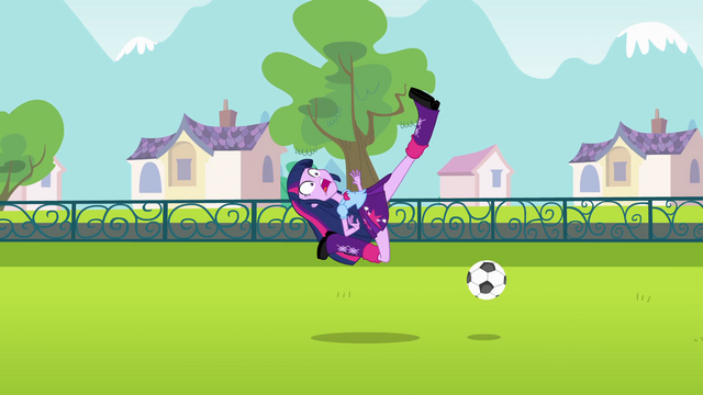 File:Twilight misses the ball EG.png