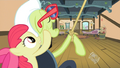 Apple-Bloom-'Ventriloquism'-S2E12.png