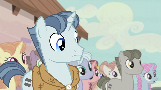 File:Party Favor notices something off S5E2.png