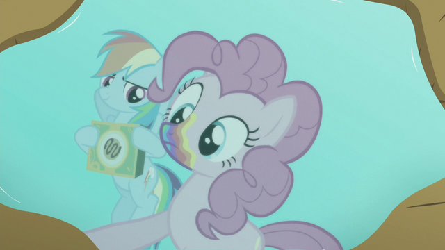 File:Pinkie looks at her reflection in puddle S6E15.png