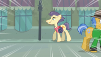 Close-up on Pouch Pony S6E3