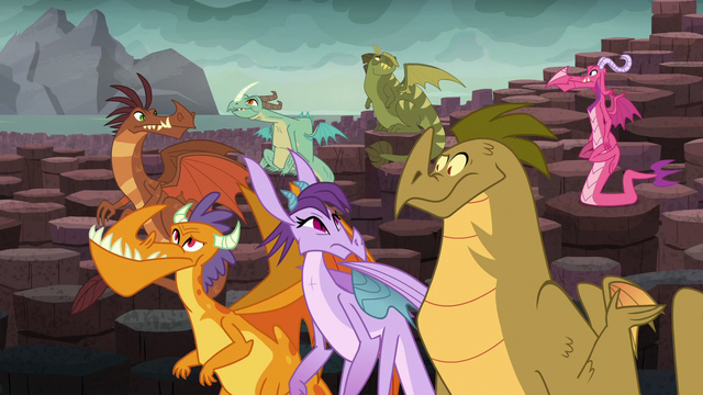 File:Dragons look at each other in confusion S6E5.png