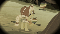 Granny Smith picking a Zap Apple S2E12