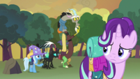 Starlight looks at the others S6E26