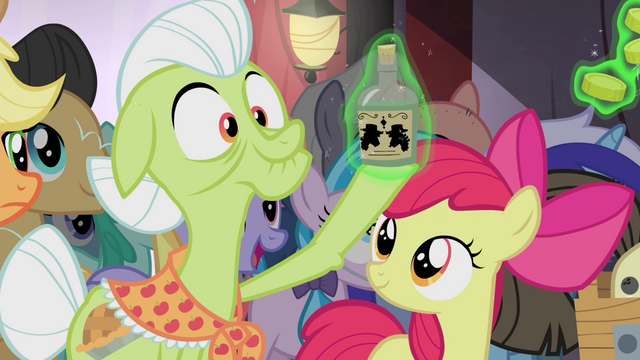 File:Tonic levitated onto Granny Smith's hoof S4E20.png