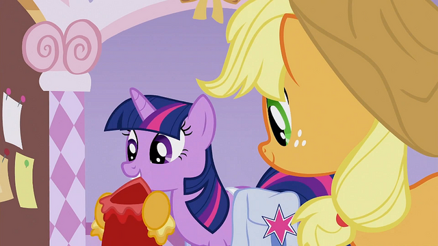 File:Twilight with her dress S1E14.png