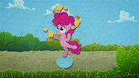 Young Pinkie Pie juggling chickens BFHHS4