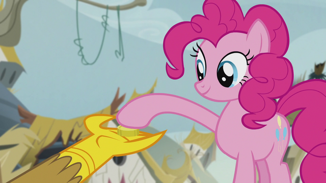 File:Pinkie gives one bit to Gilda S5E8.png