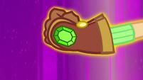 Applejack wearing power gloves EG4