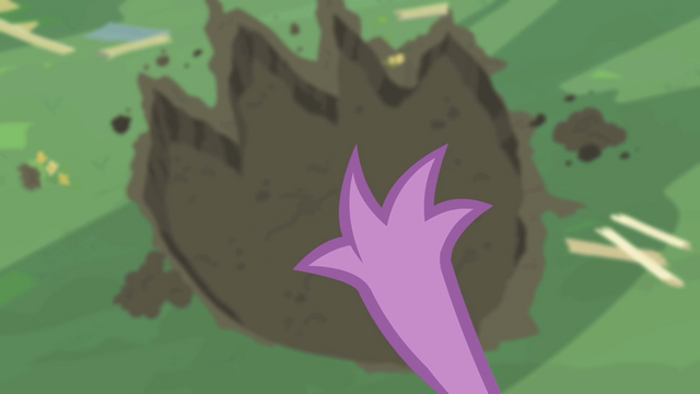 File:Spike can't believe his former enormity S02E10.png